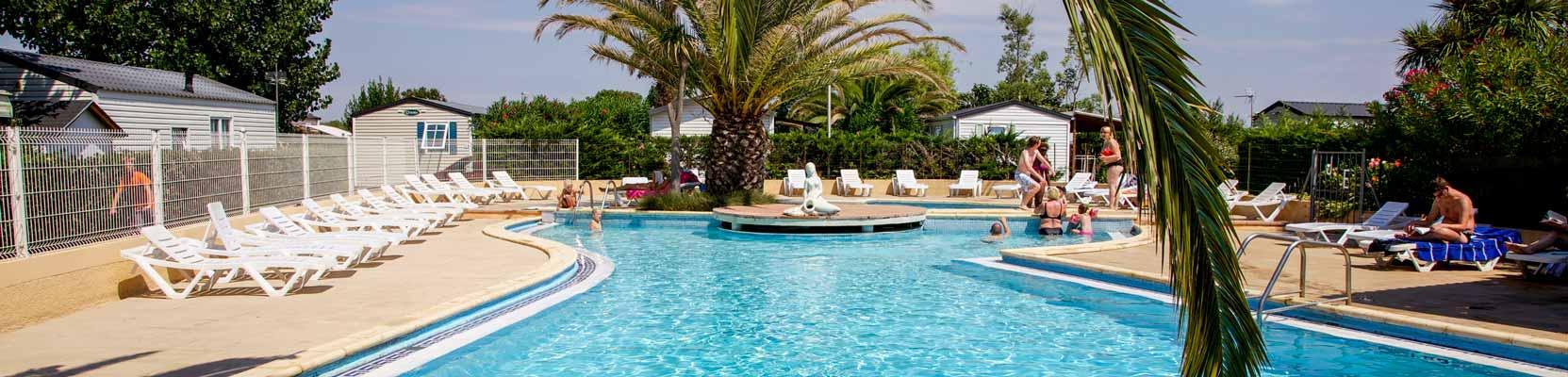 camping piscine 5 étoiles herault